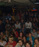 Publikum im Tübinger Bierkeller